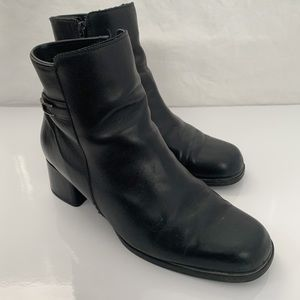 College / Block Heel Ankle Boots - Size 9